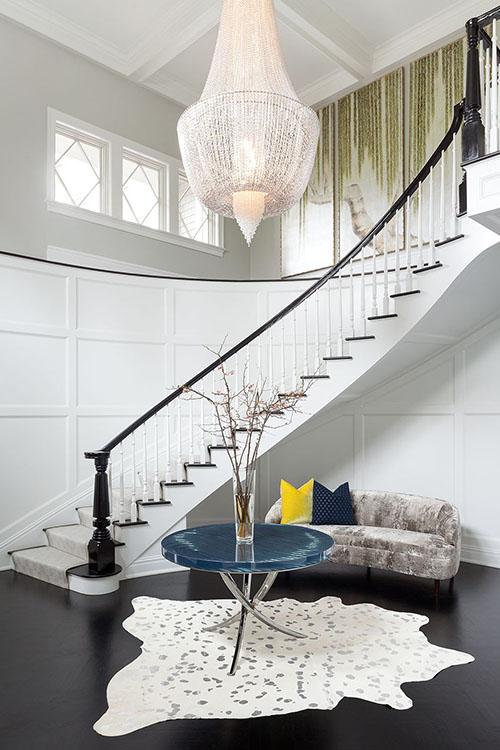 Dramatic-Foyer-Entry-Way-Best-Lighting