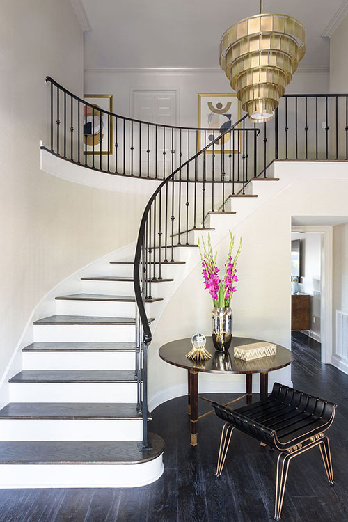 Dramatic-Foyer-Entry-Way-eclectic-home-Best-Lighting